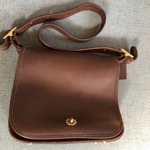 Coach Handbags - Vintage Coach Stewardess bag . Original purse 9525